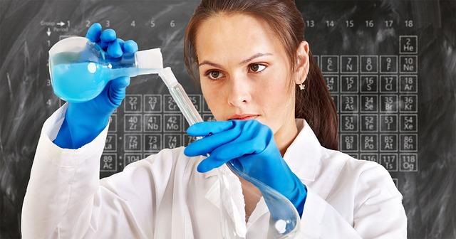 laboratorní chemik