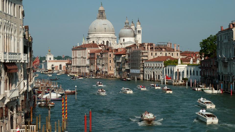 Benátky – pohled na Kanál Grande